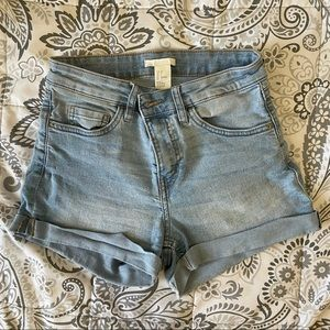 H&M Light Wash High Waisted Jean Shorts Size 4
